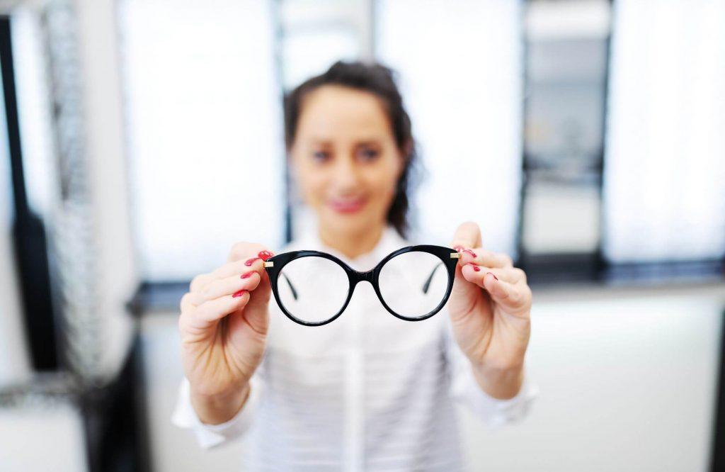 markowe okulary korekcyjne czarne oprawki
